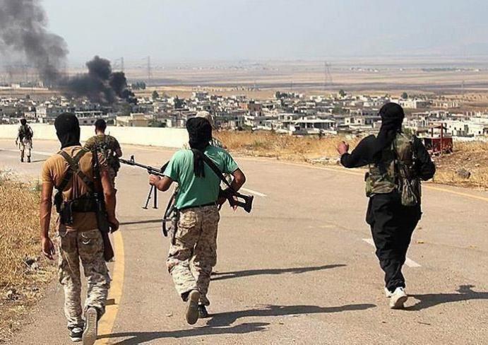 17 قتيلاً بقصف أمريكي لقوات موالية لإيران في سوريا