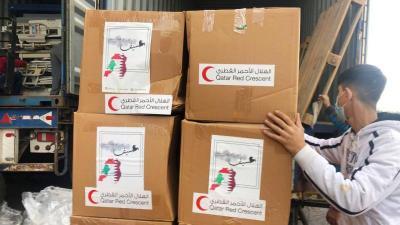 وصول المساعدات الطارئة المقدمة من الهلال الأحمر القطري (صور)