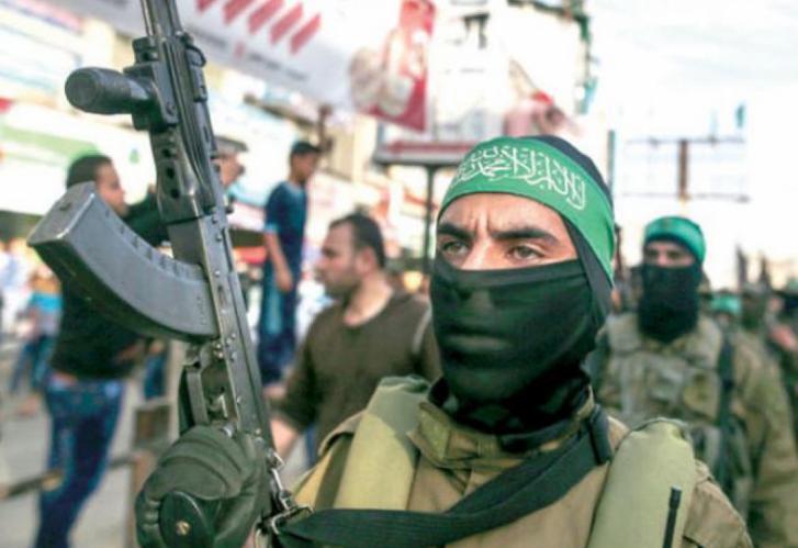 هآرتس: ما الذي يقصده كاتب إسرائيلي بأن حماس ستسيطر على الضفة بعد الانتخابات الفلسطينية؟