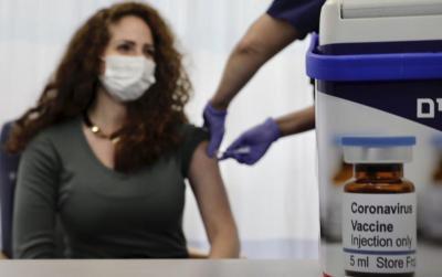 إسرائيل: أكثر من نصف السكان حصلوا على جرعتين من لقاح (كورونا)