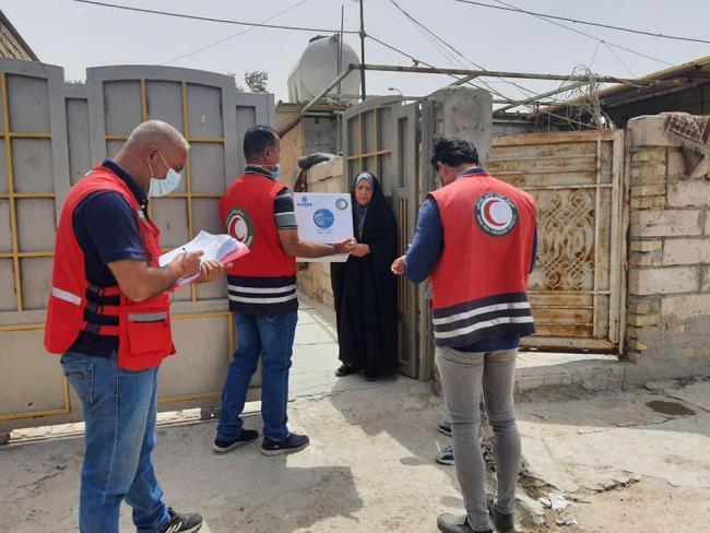 الهلال الأحمر: توزيع 35 الف سلة غذائية للعوائل المتعففة خلال شهر رمضان (شاهد)