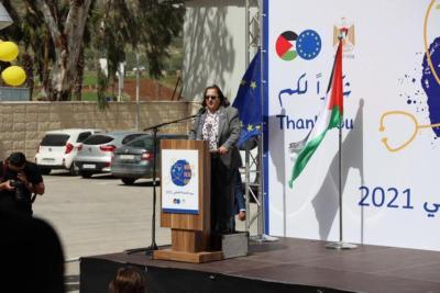 الصحة الفلسطينية: لم تسجل أي آثار جانبية لمن تلقوا التطعيمات حتى الآن