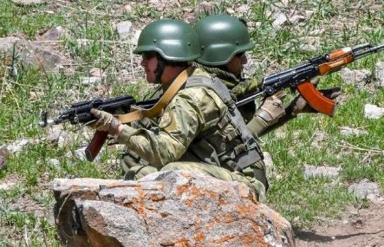 13 قتيلاً وإجلاء الآلاف في الاشتباكات الحدودية بين قرغيزستان وطاجيكستان