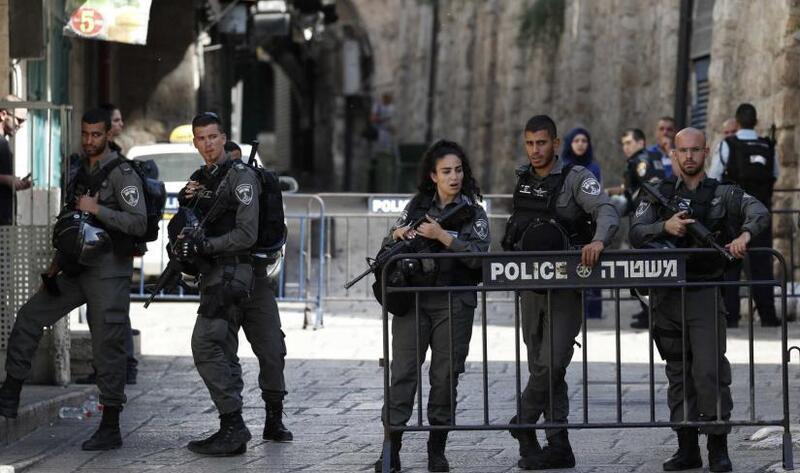 الاحتلال يعزز قواته بالقدس ومحيط المسجد الأقصى