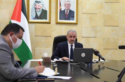 اشتية يُطلع وزير الخارجية السويدي على الجهود المبذولة لإعادة إعمار غزة