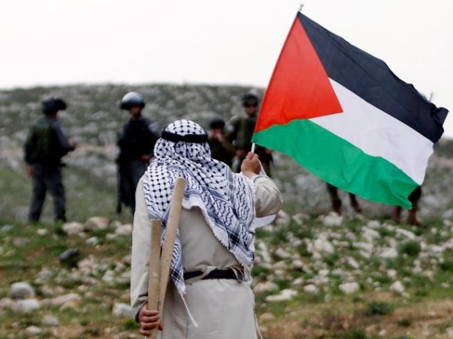 ظريف: إيران تقف إلى جانب الشعب الفلسطيني