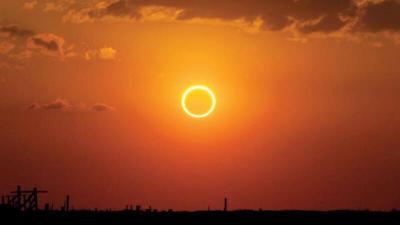 """الشمس تتحول إلى """"دائرة نار"""" الخميس القادم.. ظاهرة خطيرة على العيون"""