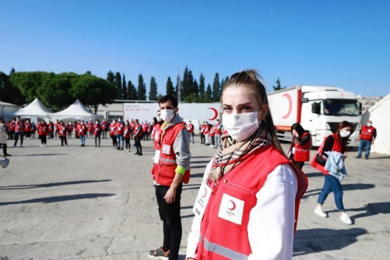 الهلال الأحمر التركي وبرامج دعم المحتاجين