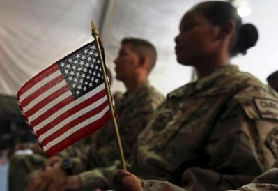 """ذي هيل: هل تستطيع الولايات المتحدة مواجهة حرب على أربع جبهات يشنها """"محور الدول المستبدة""""؟"""