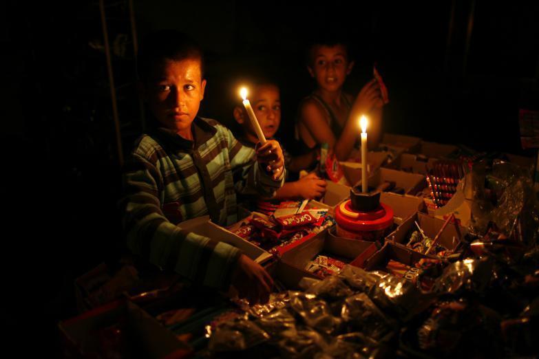 كهرباء غزة: عودة جدول 8 ساعات وصل مقابل 8 فصل مع نسبة عجز قد تصل ساعتين