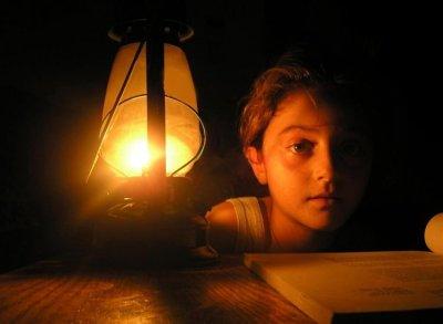 توضيح جدول التيار الكهربائي بعد دخول الوقود القطري لغزة