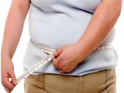 الأسباب وراء زيادة الوزن رغم قلة الأكل…
