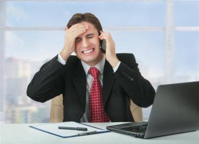 دراسة: الجلوس 8 ساعات يوميا دون نشاط قد يجلب السكتة الدماغية
