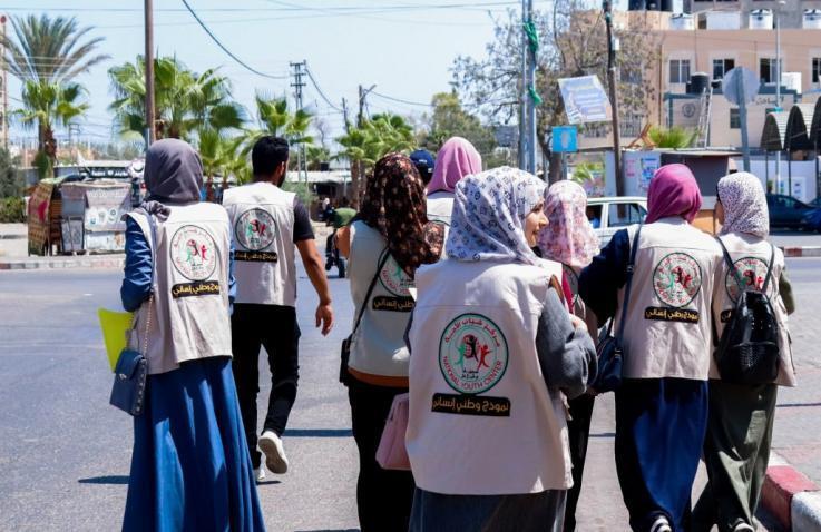 شباب الأمة ينفذ مبادرة سقيا محبة (2) في محافظة خانيونس