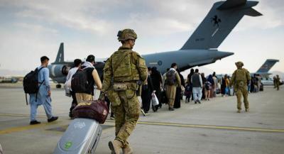 """""""طالبان"""" تنهي استعدادها لتسلم مطار كابل والولايات المتحدة تتغنى بـ """"تركيا"""""""
