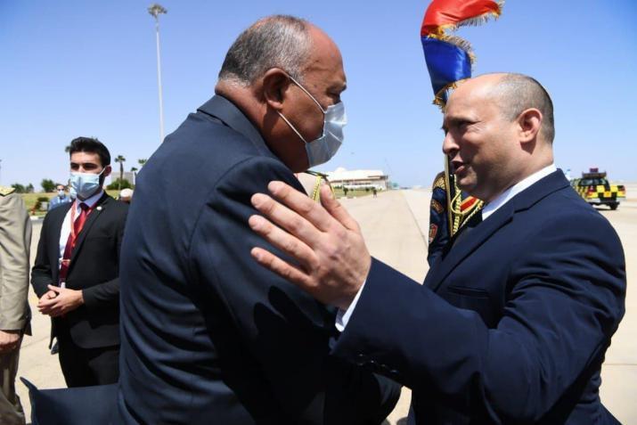 شكري لنظيره الإسرائيلي: يجب إحياء مسار تفاوضي مع الفلسطينيين لتجنيب المنطقة المزيد من التوتر