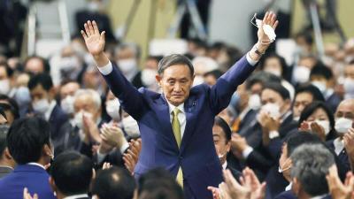 رئيس وزراء اليابان يفاجئ الجميع بالتنحي بعد عام في السلطة