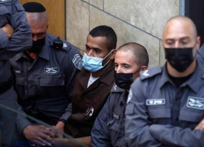 الاحتلال يمدد اعتقال أيهم كممجي ومناضل انفيعات 10 أيام