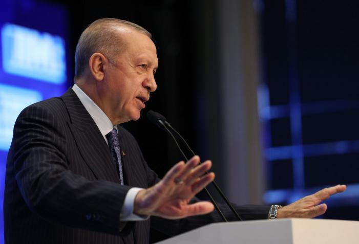 أردوغان يكشف عن فيروس أكثر فتكًا من (كورونا) وتركيا تكافح ضده