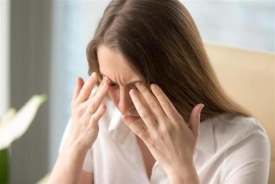 أعراض تصيب العين وتدل على إصابتكم بفيروس (كورونا)