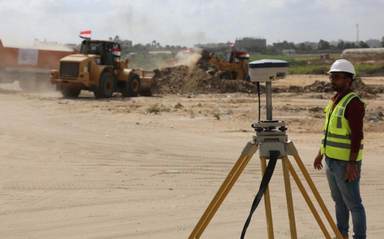 غزة.. انطلاق العمل في مشروع تطوير كورنيش شارع البحر شمال القطاع