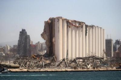 ماذا علقت فرنسا على قرار تعليق التحقيق بانفجار مرفأ بيروت؟