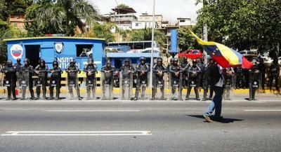 فنزويلا تتوعد رئيس كولومبيا بملاحقته أمام الجنائية الدولية