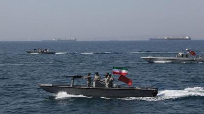 الحرس الثوري الإيراني يعلن اعتراض سفينة أميركية.. واشنطن: لا نعلم!