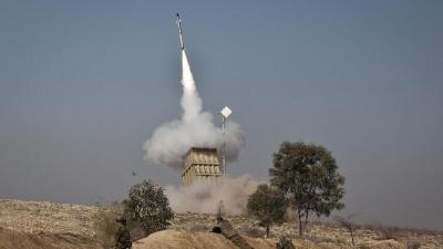 """صحيفة عبرية: الجيش الإسرائيلي يقرر استخدام نظام """"الليزر"""" لاعتراض الصواريخ من غزة"""