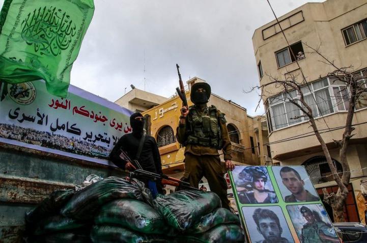 صحيفة لبنانية: وسيط جديد دخل على خط الوساطة بين إسرائيل وحماس