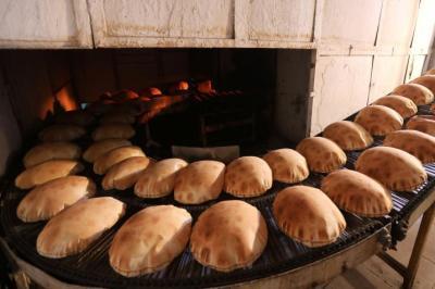خبراء تغذية: إياكم وعدم تناول الخبز