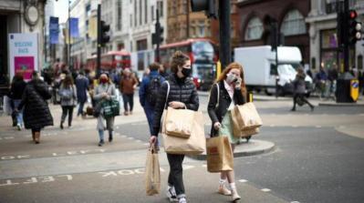 بريطانيا تنفق 100 مليار دولار لدعم أجور العمال