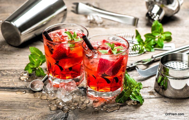 Strawberry wine punch