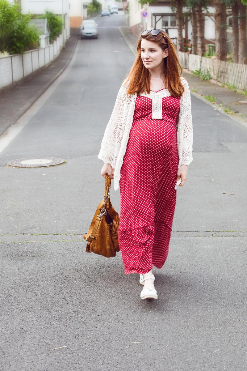 always-like-a-feather-outfit-boho-kleid-schwangerschaft-04