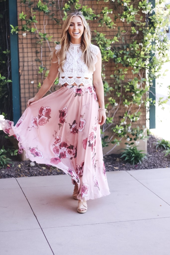fdc236adc Chicwish Review by popular California style blogger Lizzie in Lace