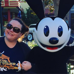 Disneyland's EggStravaganza 2016: AlwaysReiding.com