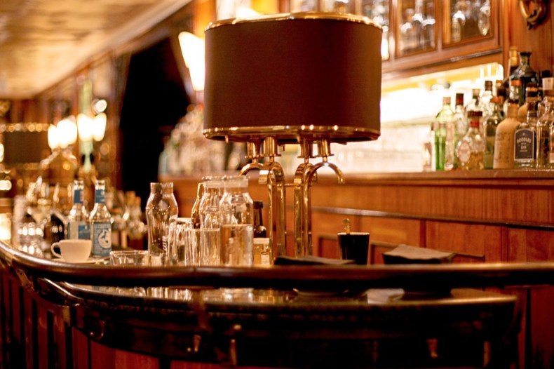 12-reichshof-hamburg-hotel-high-tea-blogger-event-fashion-bar-drinks