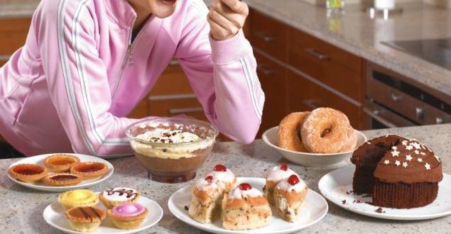 السعرات الحرارية العالية في الغذاء قد تزيد خطر فقدان الذاكرة