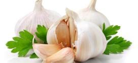 الثوم يساعد في منع مرض ألزهايمر والخرف