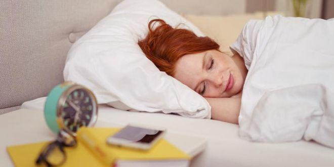 موجات النوم وليس ساعاته هي ما يؤثر على الزهايمر