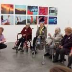 Programas de Arte que Ayudan a los Enfermos de Alzheimer. Situaciónes en la que pueden apreciar el sentimiento de orgullo, el sentido de sí mismos y alegría