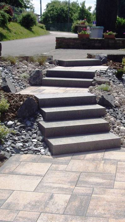 Escalier blocs marches et dalles, Epinal