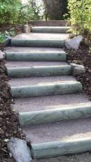 Escalier naturel en rondins de bois, Epinal