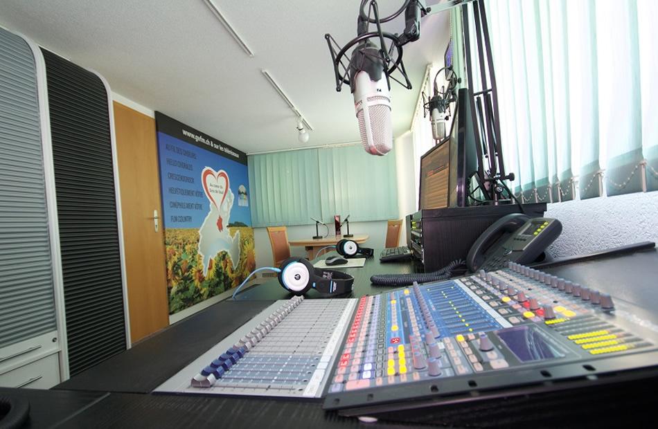 Radio GVFM