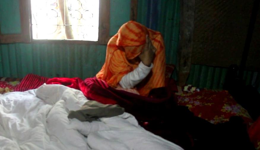 ভোলায় নববিবাহিত স্ত্রীকে চুল কেটে নির্যাতন