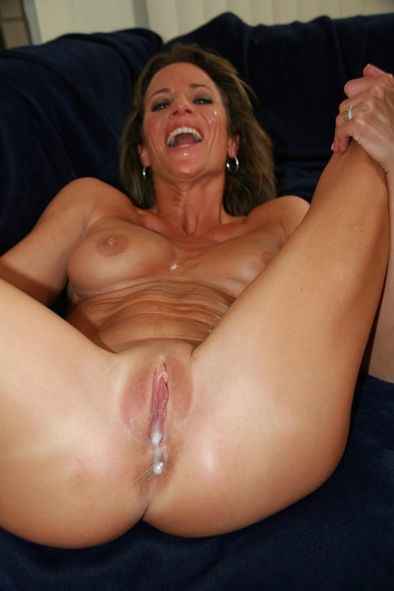 Mulher Madura Depois do Sexo