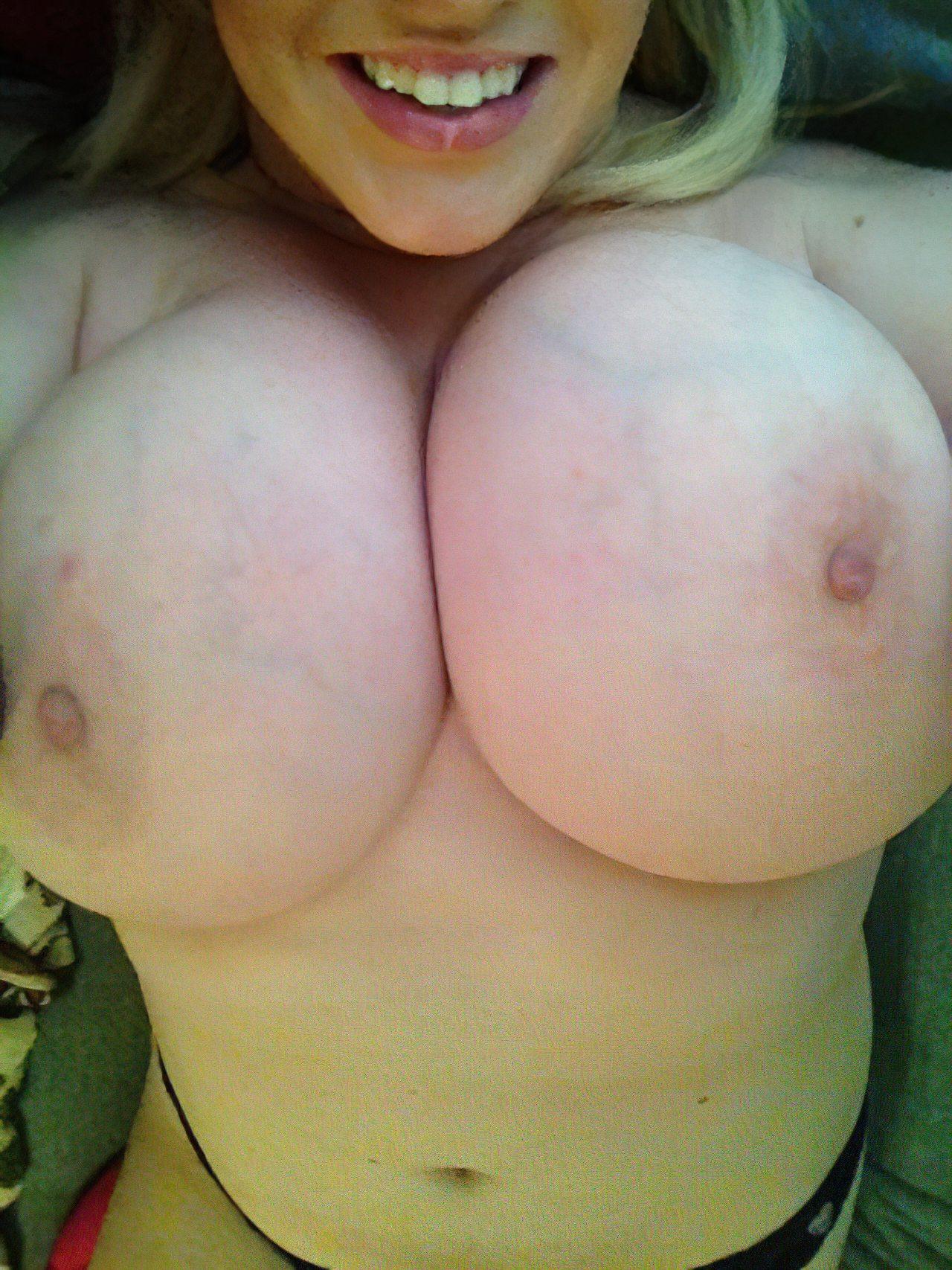 Peitos Grandes (75)