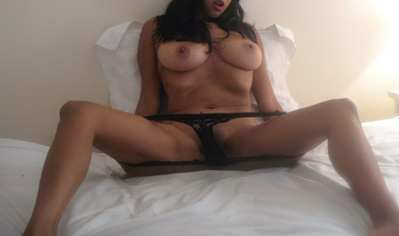 Latina Sensual (1)