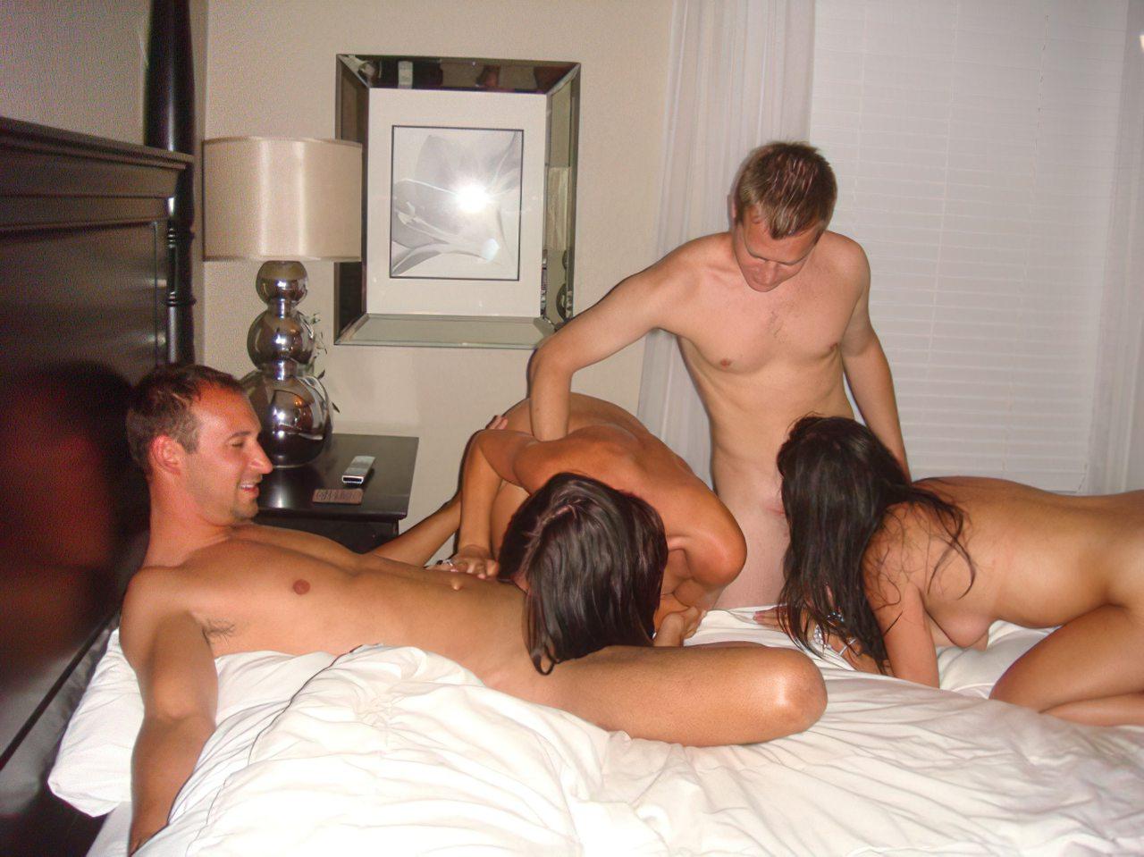 Festa de Sexo em Grupo (15)