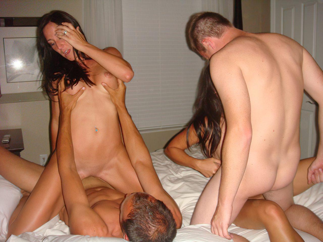 Festa de Sexo em Grupo (29)